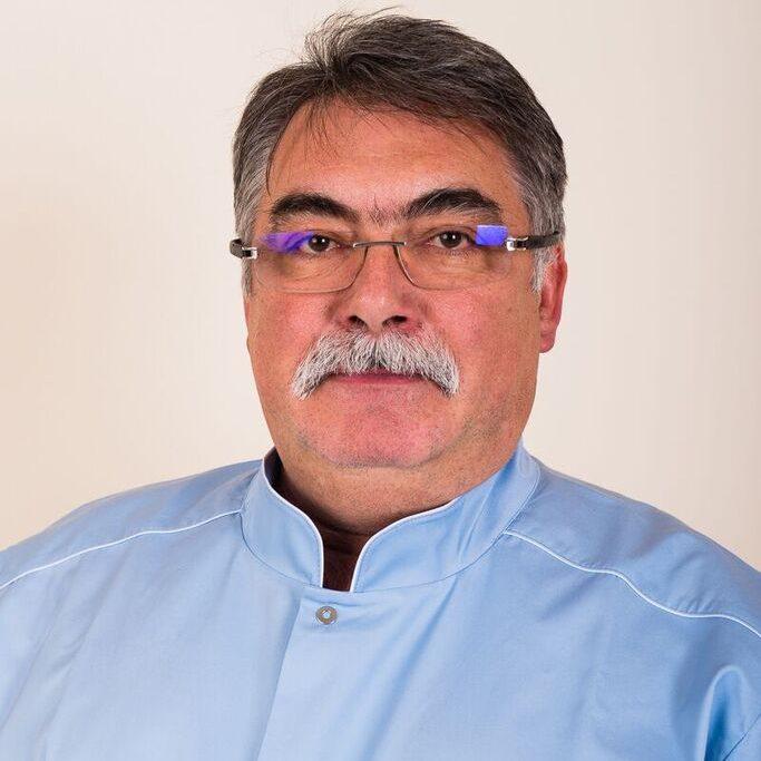 Dr. József Szőcs